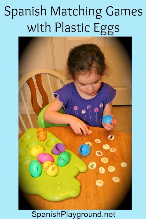 Spanish games for kids using plastic eggs.