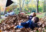 Learn Spanish with Pictures - Playing in Fall Leaves