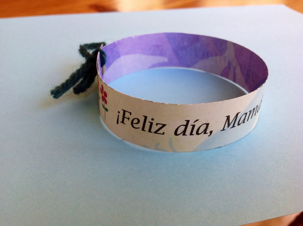 spanish mothers day bracelet