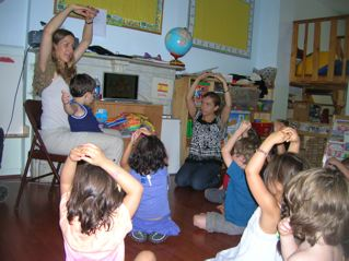 Actions enhance language learning at Hola Playground Spanish lessons for kids.