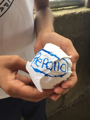 El repollo is a traditional NIcaraguan game that can be adapted for Spanish class.