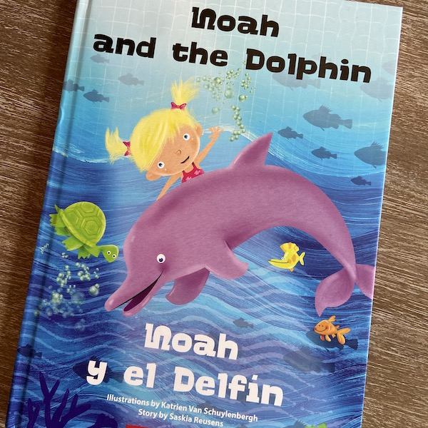 Cover of a personalized bilingual book from TimTimTom Books.